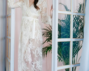 Exclusive  French Lace  Robe Bridal Lingerie Wedding Lingerie Bridal Sleepwear Getting Ready Robe Vintage Style Nightgown