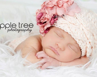 Crochet Pattern for Katelyn Ruffle Cloche Hat - 6 sizes, baby to large adult - Welcome to sell finished items