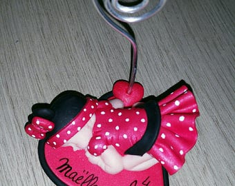 Subject minnie door photo on a heart to personalize