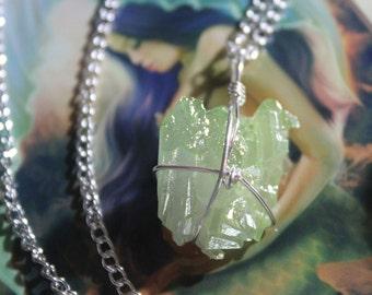 Apple Aura Quartz necklace. Aura necklace. Crystal necklace. Boho jewelry. Apple aura quartz. Witchy necklace. Boho necklace. Birthday gift.
