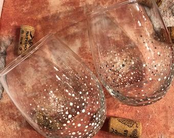 Let it snow confetti stemless wine glasses white confetti wine glass