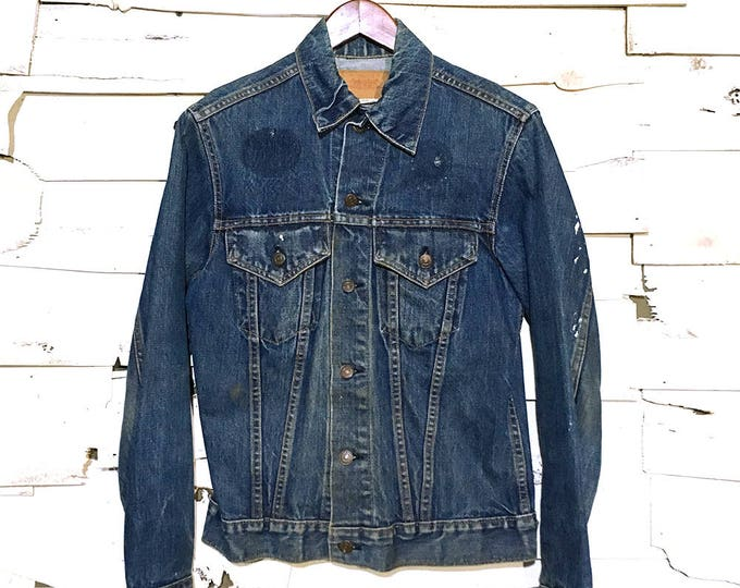 Vintage Levi's Indigo Denim Jean Jacket Made in USA - Small