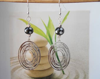 print black and white bead earrings