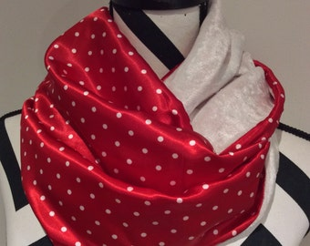 White and Red Infinity Scarf, women's scarf, girl scarf, Christmas scarf, loop scarf, circle scarf