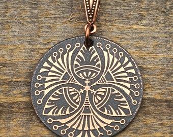 Etched copper Art Deco pattern pendant, round flat metal, 31mm
