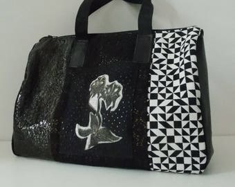 Shoulder bag with printing