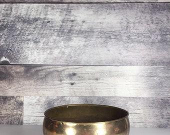 Vintage brass pot   brass planter