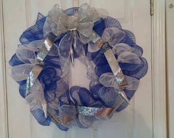 Christmas Wreath Blue and White