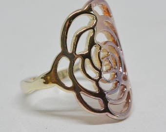 Charming two tone ring