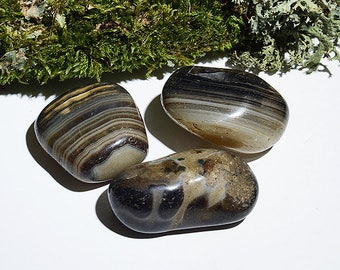 Large Black Banded Agate Tumblestone, One piece Natural Tumbled Stone, Healing Crystal