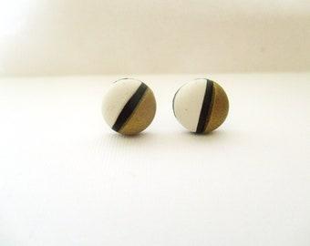 Minimalist stud earrings. Studs. Handmade. Polymer clay. Fimo.