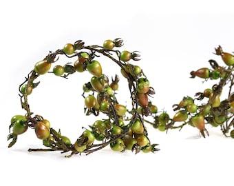 1 Vine/190 cm garland of rose fruits, green, artificial replica