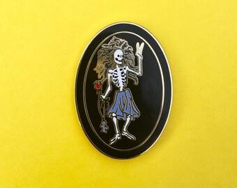Jerry Garcia Irwin Rosebud Guitar Pin