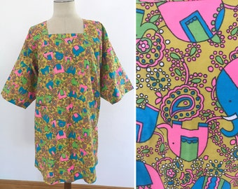 Vintage 70's Smock Kimono Elephant Print Tunic Top  / by Design House Tie Open Back Kitsch Apron S M L / Made in Japan