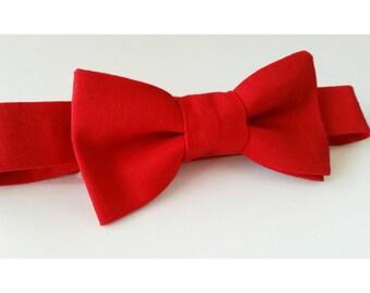 Red bowtie / red wedding / wedding bowtie / groomsmen bow ties / boys bowtie / baby bowtie / mens bowtie / ring bearer bowtie / toddler bow