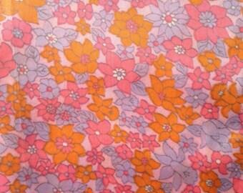1960s Length of Vintage Retro Fabric