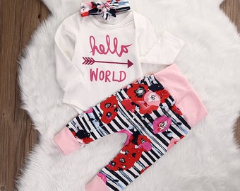 GOING HOME OUTFIT, Baby girl take home outfit, Hello World, 3 pc baby girl set, infant girl outfit, baby shower gift, personalized outfit.