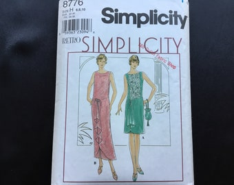 Simplicity pattern 8776. Uncut misses' Retro 20s dress and purse. Flapper Downton Abbey. Sizes 6-10.