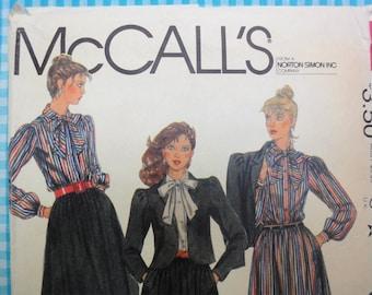 Patron de couture de McCall Vintage 1982 8119, veste, cravate Blouse, jupe rate buste taille 12 34