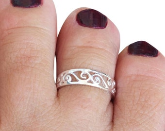 Sterling Silver Toe Ring, Silver Midi Ring, Mid Finger Ring, Knuckle Ring, Adjustable Ring, Spiral Ring, Bright Silver Ring, Small Ring