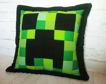 Handmade patchwork pillow with Minecraft Creeper motif, green pillow - 50x50cm - 20''x20''
