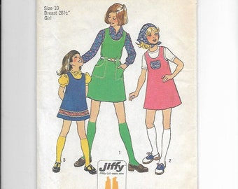 UNCUT Vintage Sewing Pattern Simplicity 7062 for Girls' Jumper, Sz 10 1970s