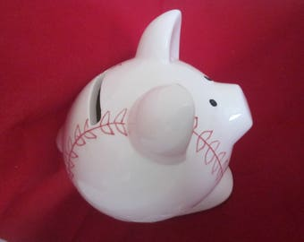 PIGGY BASEBALL BANK