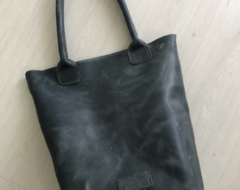 Greyish blue, hand stitched pull-up leather tote bag - nr. 1