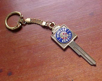 1935-1966 Cadillac Service Gold Plated Ignition Crest Key Blank Old School Collectible Eldorado Series 61 62 85 Fleetwood Coupe De Ville