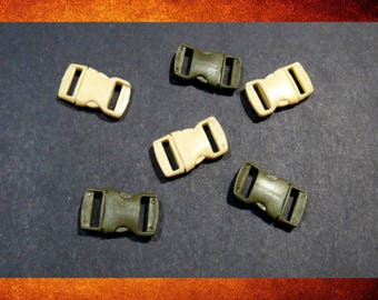 Fasteners - Lot of 6 small plastic buckles. Mix of olive green and creamy beige colors. #BUCK-025