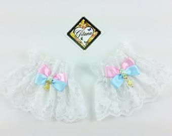 White Lace Wrist Cuff- Pastel Goth-Wrist Cuff-Fairy Kei Fashion-Bracelet-lolita Fashion Lace-Kitten Pet Play,BDSM,DDLG