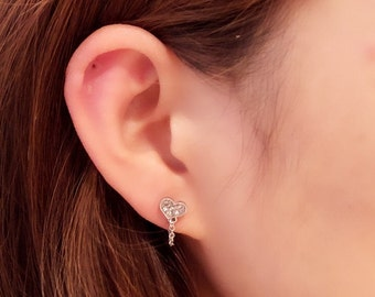 CZ Heart Chain Wrap Cartilage Piercing/Cartilage piercing/heart piercing