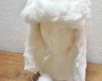Vintage white fur hat