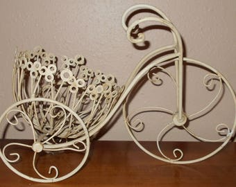 Vintage Bicycle Planter - Garden - Vintage Planter - Bike Planter - Outdoors - Bike Plant Stand