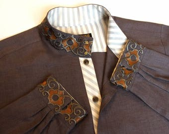 Linen shirt with embroidery