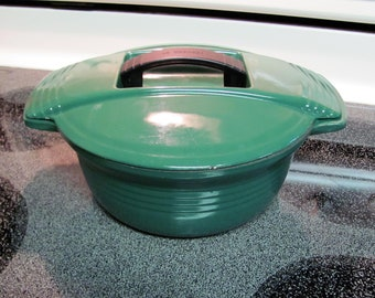 Le Creuset Futura 3 Quart Dutch Oven # 23  / Green
