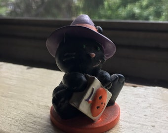 Vintage black holloween cat