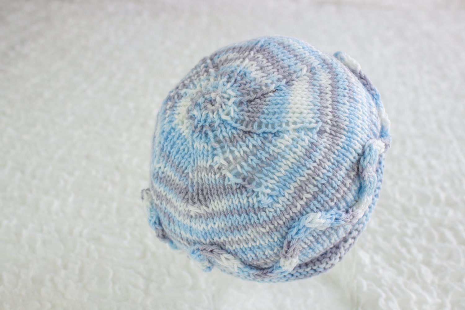 Free knitting pattern simple newborn beanie newborn hat zoom bankloansurffo Image collections