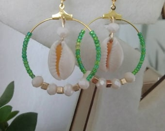 Bohemian green shell earrings