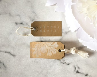 10 Christmas Gift Tags - 'Joyeux Noël' - Kraft Tags, White Tags, Christmas Gift Wrap, christmas favor tags, family gift tags, tags