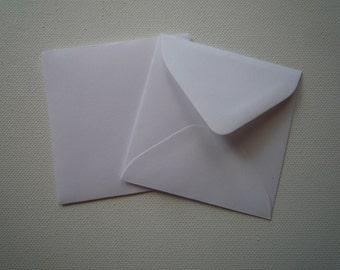"""PE33 25 V Flap 3 1/8"""" x 3 1/8"""" (7.94cm x 7.94cm) 60lb  Paper Envelopes  White or Vanilla"""