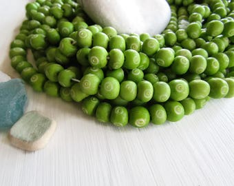 green  round  bone beads , with white carved cercle designs, size variations , natural Irregular boho 7mm to 9mm dia (30 beads) 6DB10-2