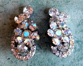 Vintage Earrings with Aurora Borealis and Clear Rhinestones - 1960s Mid-Century Silvertone Clip-On Earrings - AB Flowers - Prong-Set Stones