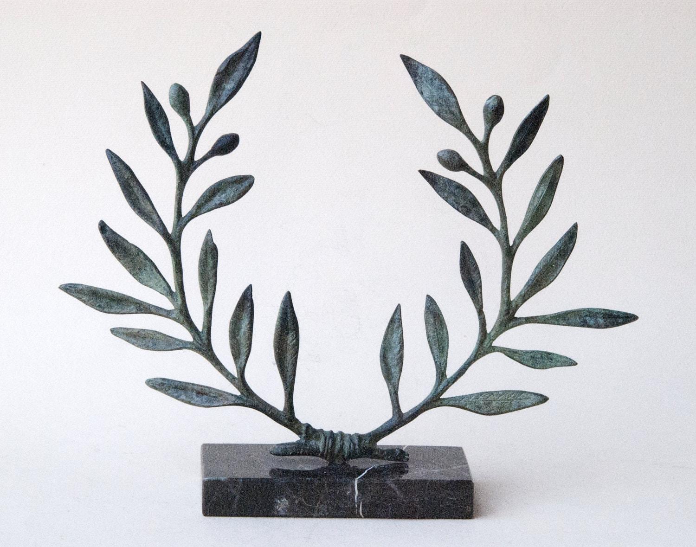 Olive wreath bronze sculpture buycottarizona Choice Image