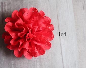 Eyelet flower in red