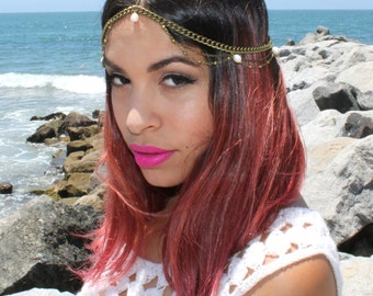 Pearl. beaded chain head piece in golden OR silver
