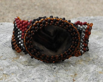 Beaded Bracelet Bead Weaving - Free Form Peyote Stitch Beaded Bracelet - Beaded Montana Agate Cabochon - DISCOUNTED