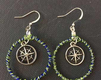 Compass wire earrings