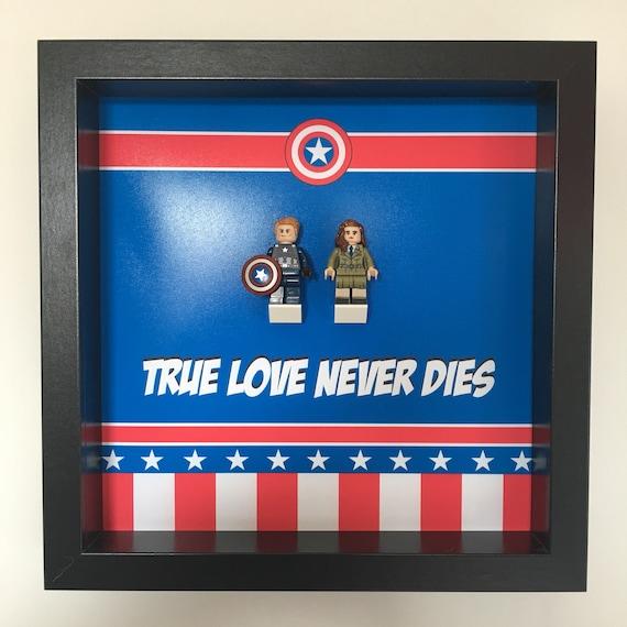 "Captain America And Peggy Carter ""True Love Never Dies"" Minifigure Frame"