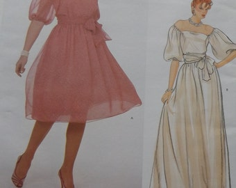 Jerry Silverman Design Pullover Dress and Sash in Size 12-14-16 Complete Uncut/FF Vintage Vogue Sewing Pattern 2983 American Designer